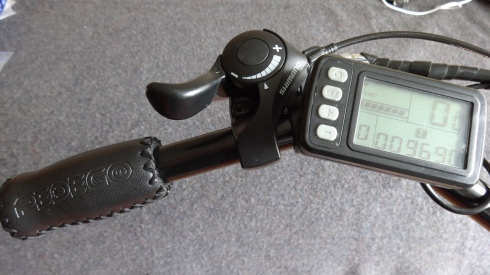Controler - MPH, Mileage and Mode (pedal assist levels 1-5)